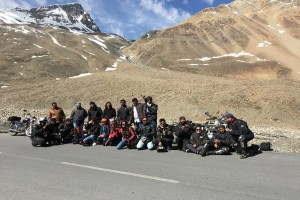 Group enroute Leh