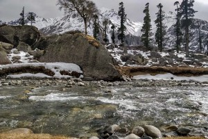 Snow on Har ki Doon Trail