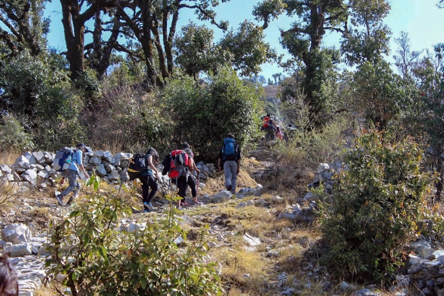 Trek from Deoriatal to Chopta