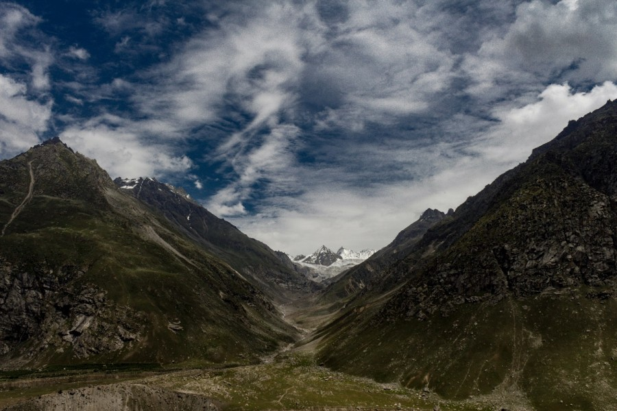 Magnificent views that Hampta Pass trail is known for