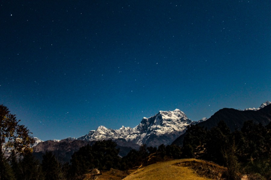 Night view of Chaukhamba from Deoriatal