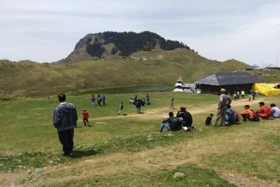on of those days when you see cricket match at Parashar Lake